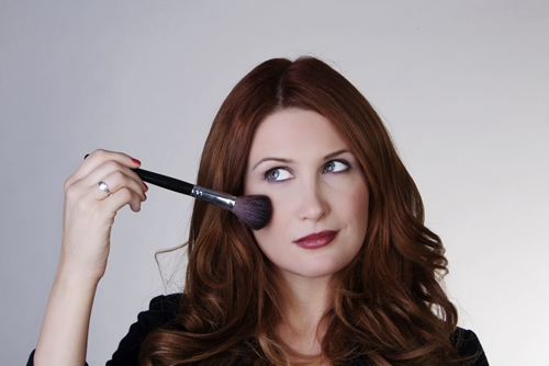 Play up your youthful glow with this makeup tip